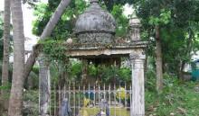 Beneath the domed pavilion lies the grave of the Bugis merchant Haji Osman Daeng Passendrik [Pasandrik] Ambo' Dalle' (Ambok Dalek) bin Haji Ali, in Jalan Kubor Cemetery, Kampung Gelam, Singapore. Photograph by Imran bin Tajudeen, 2013