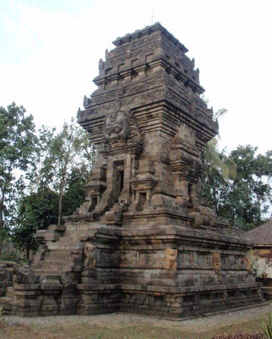 Candi Kidal, from the Singasari period, East Java, completed circa 1248 and believed to be associated with a dedicatory image of King Anusapati portrayed, or deified, as Shiva. The Singasari kings were both Buddhist and Saivite. Photo taken in September 2009.